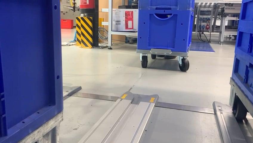Materialbereitstellung-FiFo-Bahnhof | bruchfeste FIFO führungsschienen